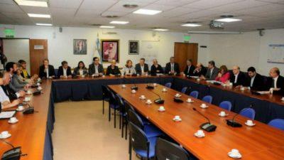 Recortes: intendentes santafesinos llevan su reclamo a legisladores nacionales