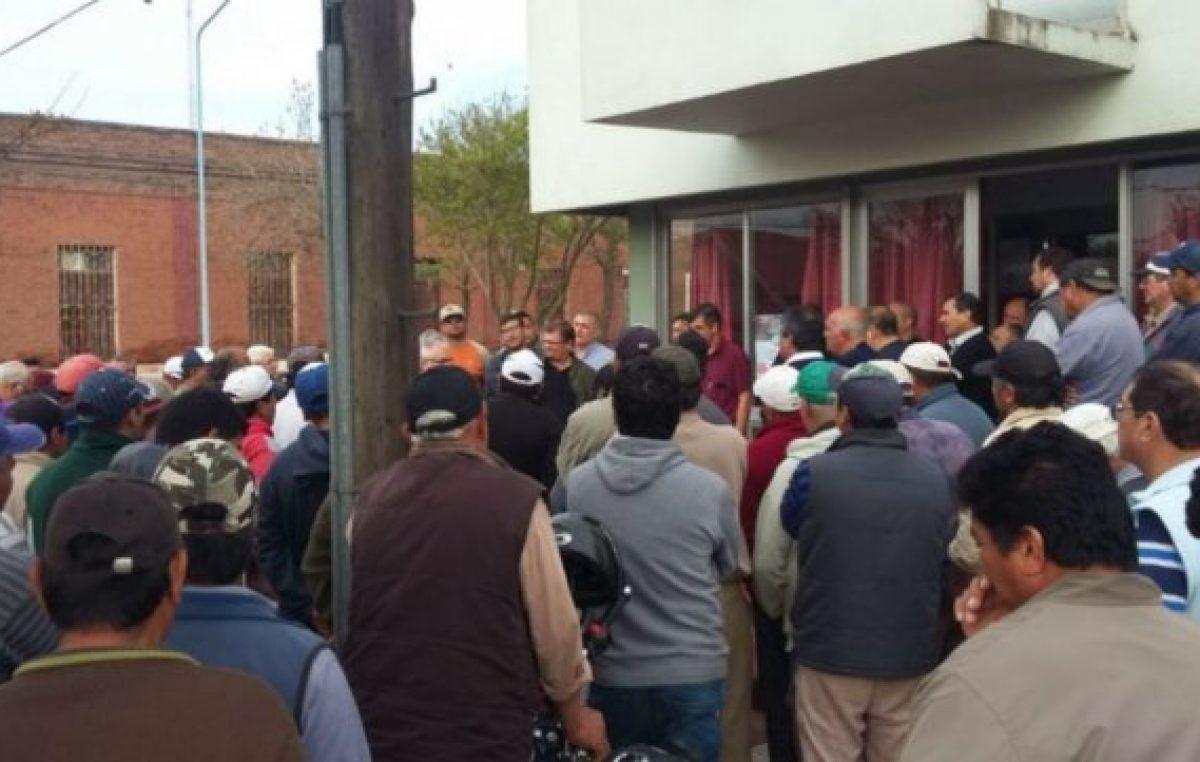 No hubo acuerdo y los municipales de San Genaro continuarán de paro