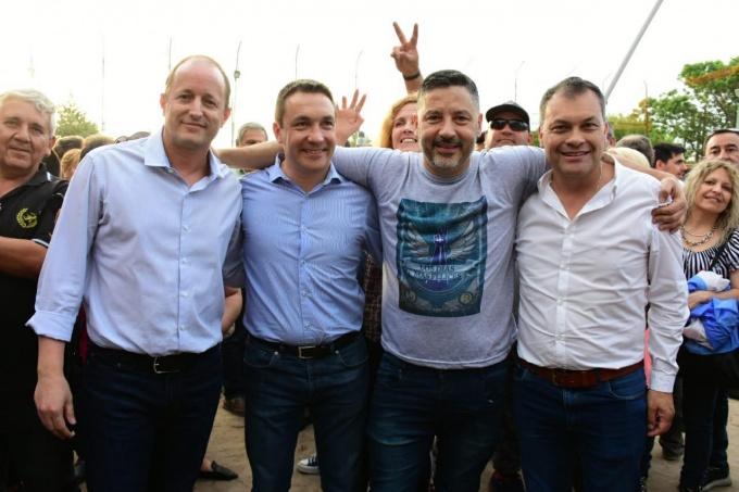 Buenos Aires: Fuerte documento de los todos los intendentes peronistas contra el Presupuesto de Mauricio Macri