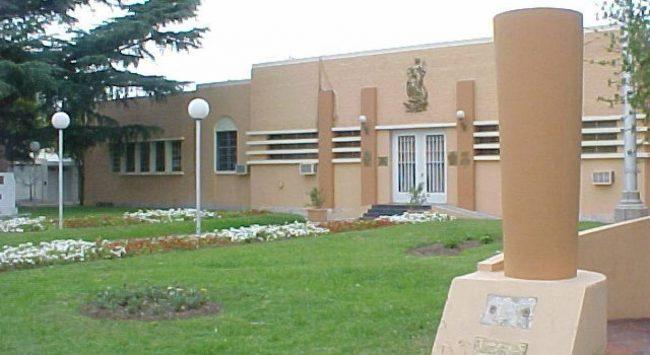 Denuncian que la Municipalidad de San Lorenzo redujo los salarios de sus trabajadores
