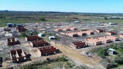 Retoman la construcción de las 200 viviendas para trabajadores municipales correntinos