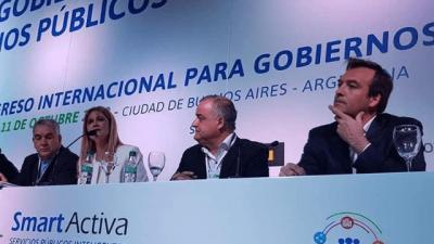 Soria escolta a Magario en la Federación de Municipios
