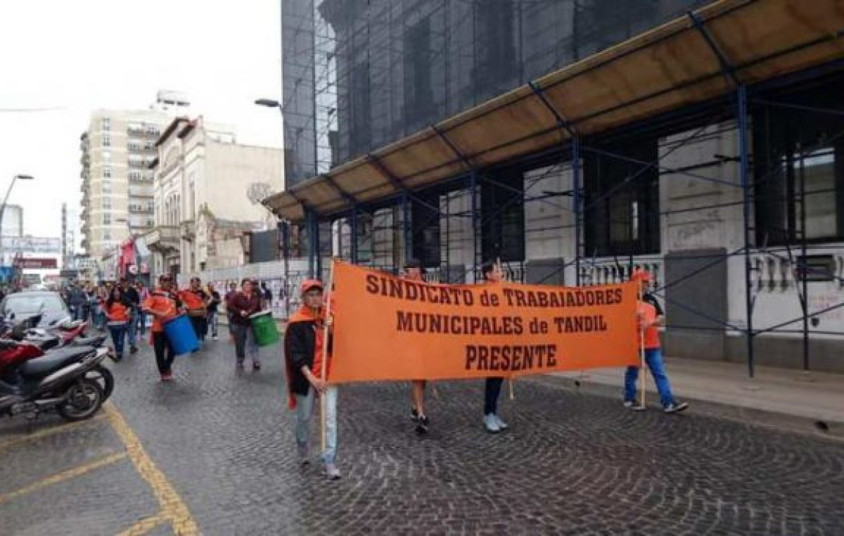 Trabajadores municipales de Tandil concretaron el segundo día de paro