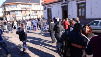 Río Gallegos: En asamblea, el SOEM definió ir a un paro total
