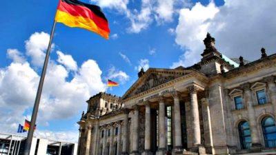 Alemania llama a extranjeros que quieran cubrir miles de puestos laborales