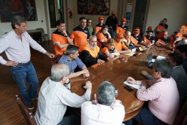 Trabajadores municipales de Tandil presentaron al Legislativo su propuesta de recomposición salarial