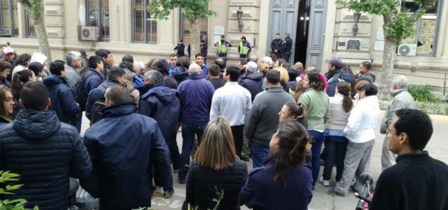 Este martes, paro de municipales y movilización a las puertas del Palacio Municipal de San pedro