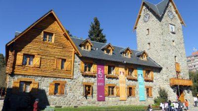 Trabajadores municipales de Bariloche cobrarán una mejora salarial de 5.000 pesos
