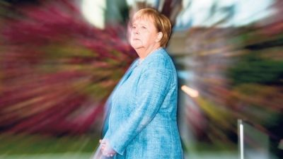 La pelea por suceder a Merkel