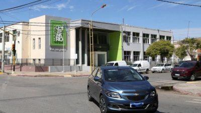 Polémica por el desfase de sueldos en Centenario