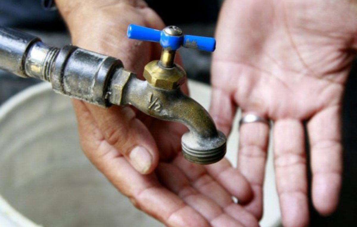 Según datos oficiales, sólo la mitad de los argentinos tiene gas, agua corriente y cloacas