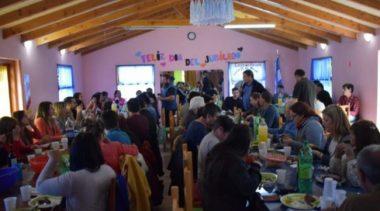 Lago Puelo: Ibarra anunció aumento de sueldo y bono navideño en el Día del Empleado Municipal