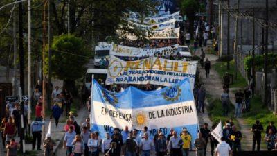 Octubre fue un mes trágico para la industria: mapa de despidos y cierres de fábricas en Buenos Aires