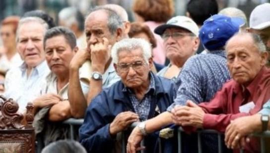 Triste fin de año para jubilados y pensionados: el gobierno nacional confirmó que no percibirán el bono