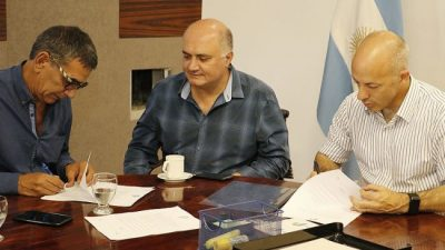 Aumento, escalafón y bono para los trabajadores municipales de Pilar