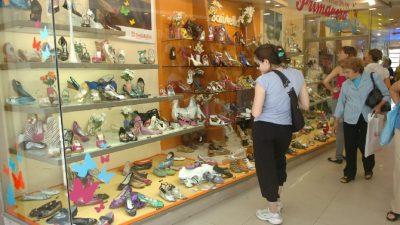 De 500 pares diarios a 50: la crisis del calzado en Santa Fe en primera persona
