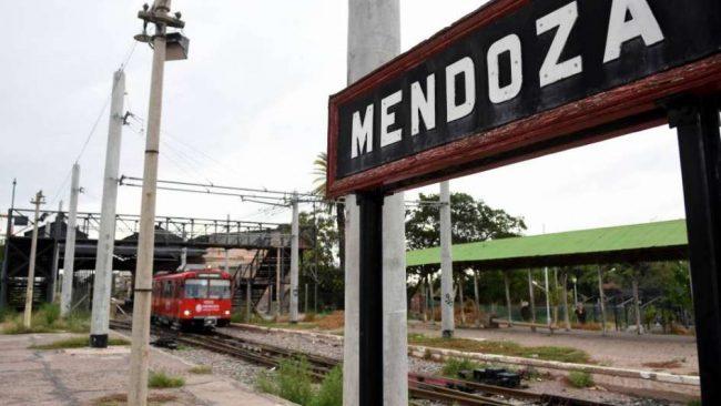 Capital firmó el convenio para avanzar con Estación Mendoza