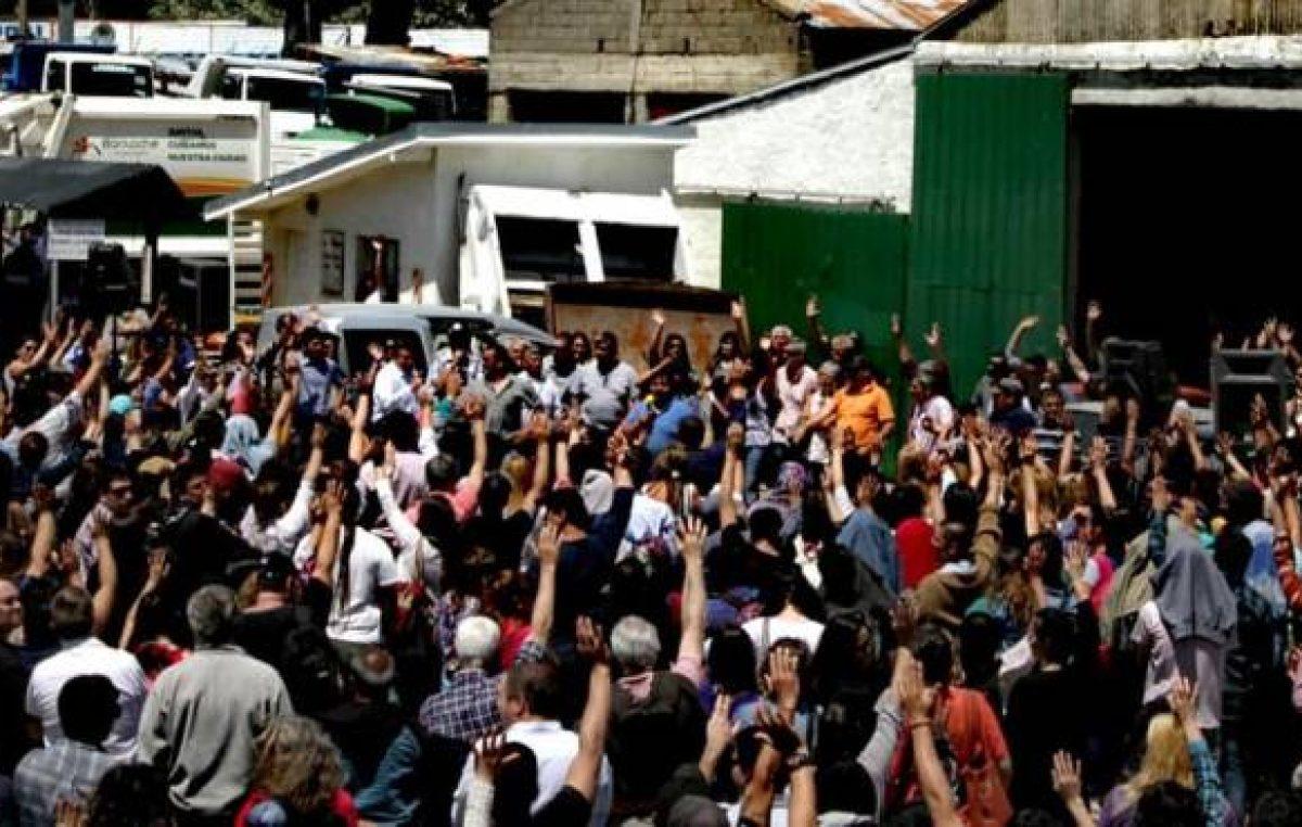 Los municipales de Bariloche rechazaron la suma fija que les ofreció el intendente