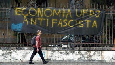 La ola de discriminación inunda las universidades brasileñas