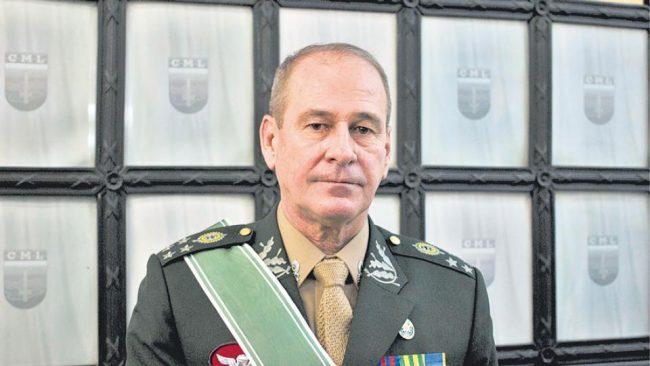 Crece la militarización del régimen Bolsonaro