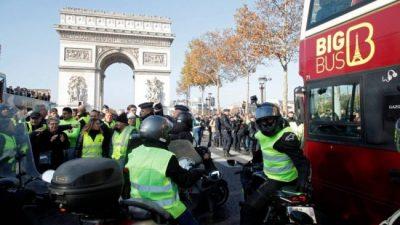 Francia: Segundo día de protestas contra Macron