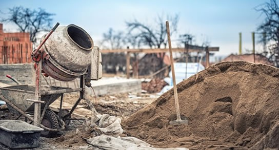 Construcción, en el pozo