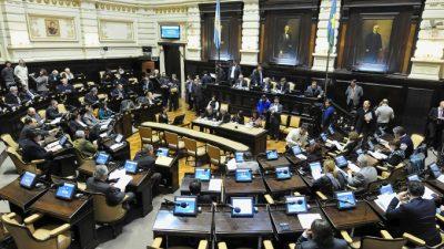 Con intendentes peronistas y el massismo como aliados Vidal consigue sanción de leyes claves