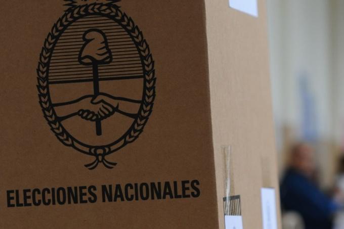 Buenos Aires: Kirchneristas, radicales, PRO y renovadores, desdoblar las elecciones municipales tienta a todos