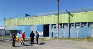 Cerró una de las cuatro fábricas de telgopor del país y despidió a sus trabajadores