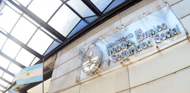 """Trabajadores municipales de La Plata harán un paro contra el """"vergonzoso aumento"""" del 24%"""