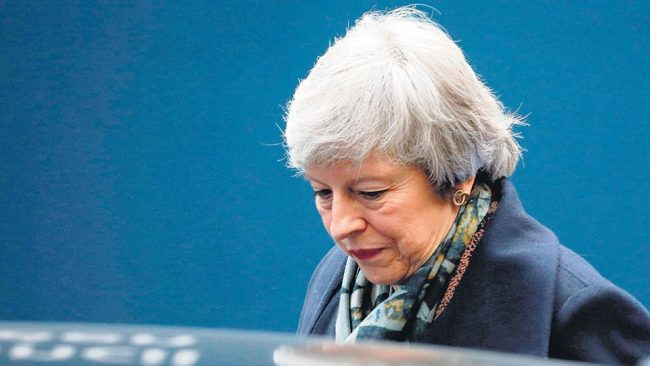 May rechaza una nueva consulta