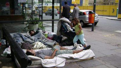 Cada día caen en la pobreza 476 personas en la Ciudad de Buenos Aires