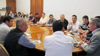 El Gobernador de Chubut se reunió con intendentes y jefes comunales