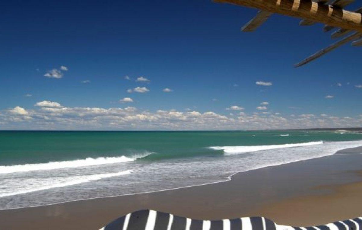 Las Grutas fue elegida como una de las 50 mejores playas de Sudamérica