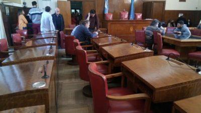 Mar del Plata: Empleados del Concejo con quite de colaboración por falta de pago