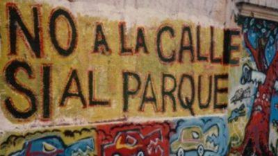 Abrazo en defensa del Parque Rivadavia contra los destrozos de Rodríguez Larreta