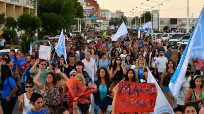 Macri estuvo en Madryn y los vecinos protestaron
