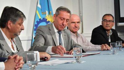 El Gobernador de Chubut decretó la Emergencia Económica