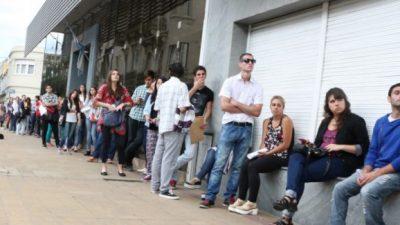 Largas filas para conseguir trabajo en Chubut