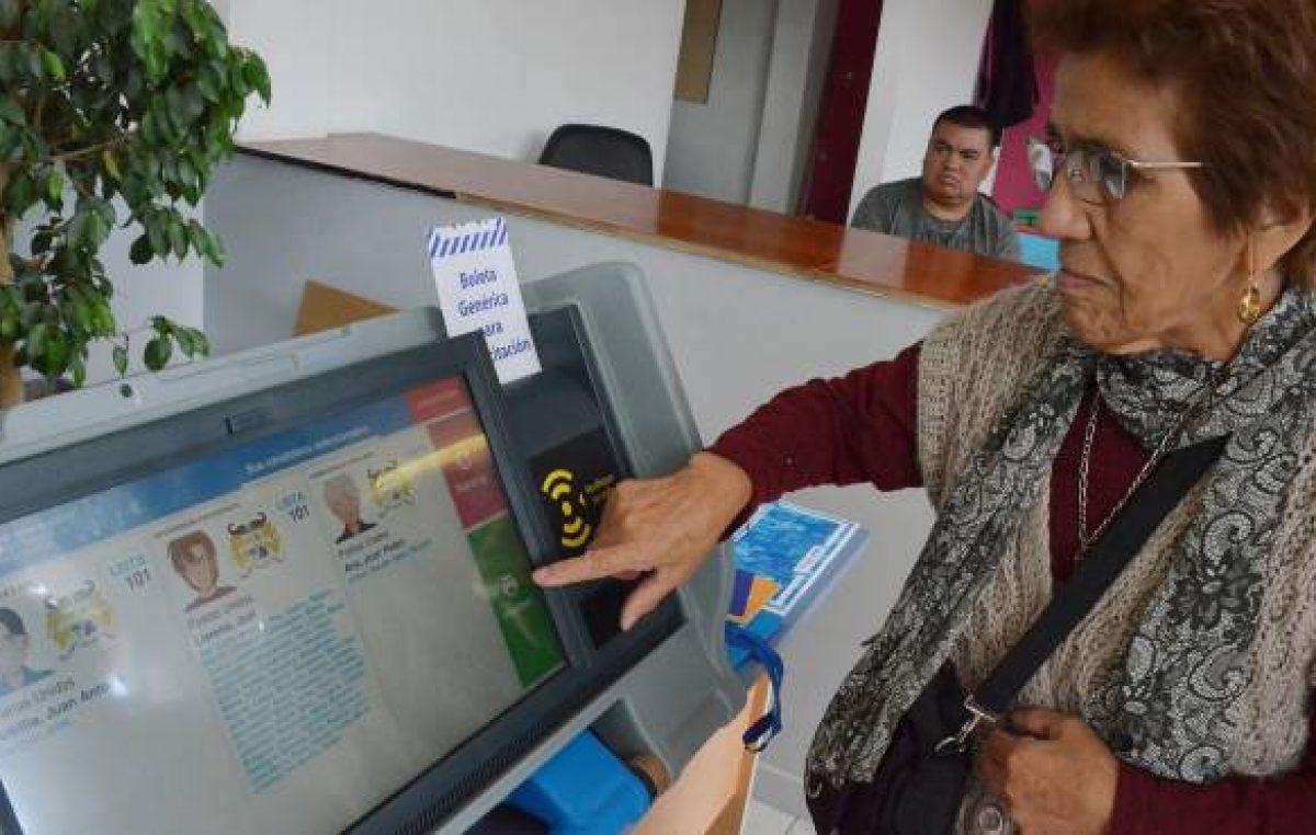 El intendente de Neuquén invertirá más de 43 millones de pesos en el voto electrónico