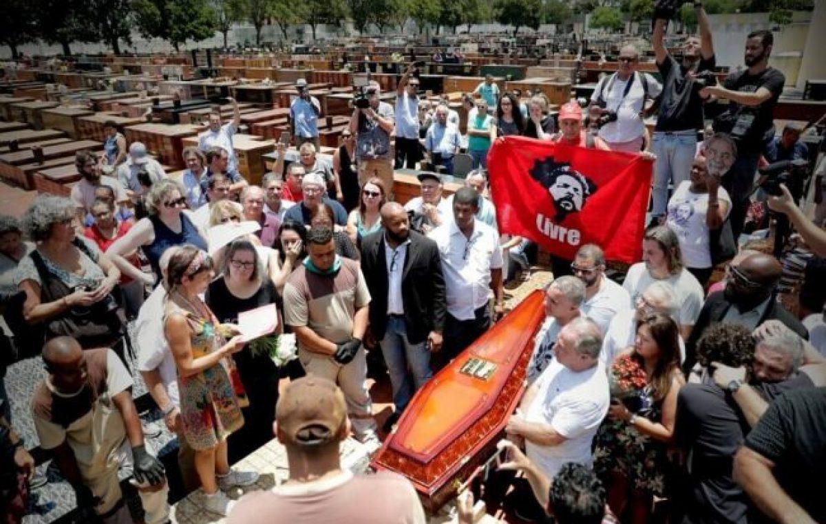 Lula no pudo asistir al funeral de su hermano