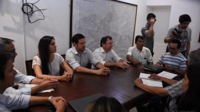 Municipales correntinos acordaron mejora del 24%, plus mensual y concursos