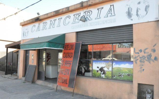 """Otra carnicería platense que cierra por la crisis: """"Es imposible seguir adelante, los gastos me superan"""""""