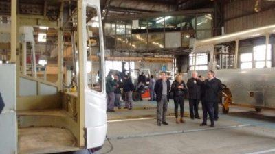 Dolor en Metalpar: Cierra la fábrica de carrocerías para colectivos más grande del país