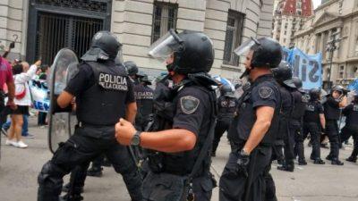 """Denuncian al gobierno argentino por """"violaciones a la libertad sindical"""""""