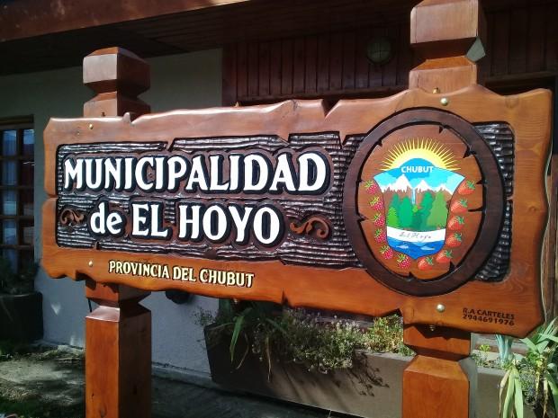 El Hoyo: Incremento salarial del 30% a empleados municipales