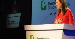 Vidal terceriza el pago de jubilaciones y AUH
