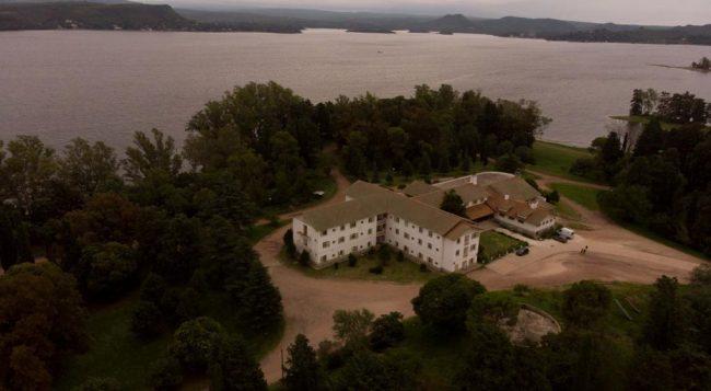 Los hoteles estatales de Embalse viven otra temporada alta con baja actividad