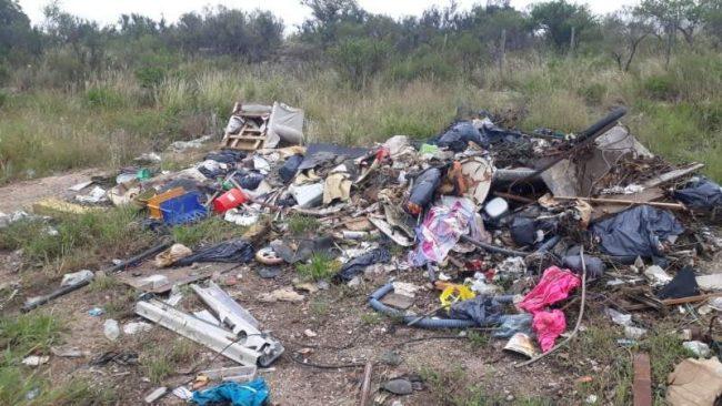 Carlos Paz: Hay decenas de basurales clandestinos dentro del nuevo ejido