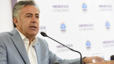 El Gobernador de Mendoza se despegó de Macri: desdobló los comicios